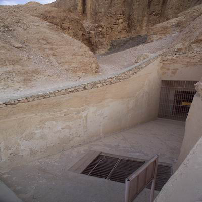 Nicholas Reeves and Richard H  Wilkinson  The Complete Valley of    Queen Hatshepsut Tomb Discovered